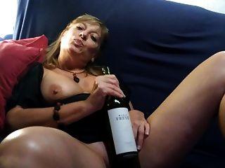 Milf Masturbation Whit Bottle