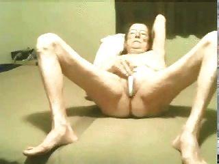 Hot A Old Granny Still Love To Masturbate! Amateur!