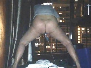 Mom Uses Magic Wand To Orgasm In Hotel Window By Marierocks