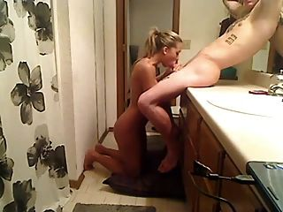 Busty Girl Gets Fucked In The Bathroom Of The Parents