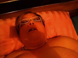 Sexy Fat Mama Masturbating On Bed