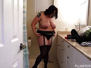 Curvy Bbw In Lingerie Fucks Big Black Cock