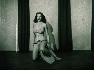 Storm In A D Cup - Vintage Burlesque Striptease 50
