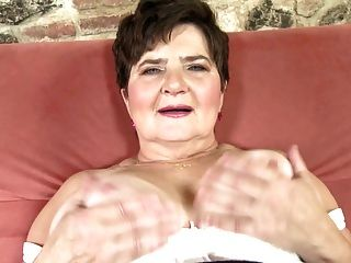 Amateur Grandmother With Big Thirsty Vagina