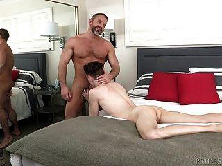Dylanlucas Twink Seduces Not Daddy Dirk Caber