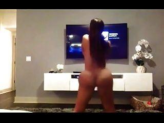 Latina Shaking Ass (i Taught Her)