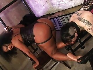 Black Mistress Use Lesbian Foot Slave