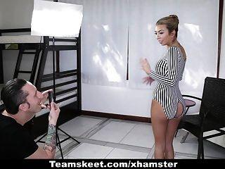 Cfnmteens - Super Sexy Babe Fucks Photographer For A Discoun