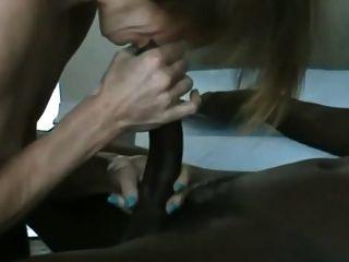 Mature White Woman Sucks And Fucks Young Black