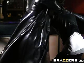 Brazzers - Hot And Mean - Angel Long And Lucia Love -  Femme