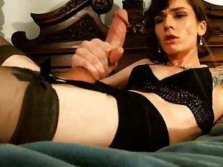 Sexy Crossdresser Cumshot
