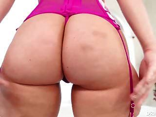 Harley Jade Shows Off Her Huge Ass As She Fucks