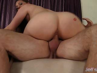 Big Boob Full Figured Babe Fucks A Guy