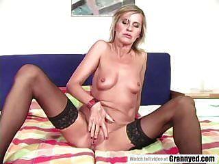 Mature Woman Wants Black Dick