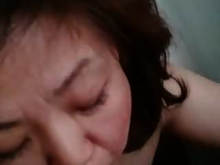 Chinese Mature Woman Eat The Cum After Blow