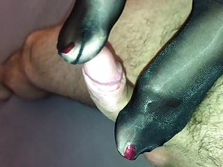 Sexy Glossy Pantyhose Feet Give Hot Footjob
