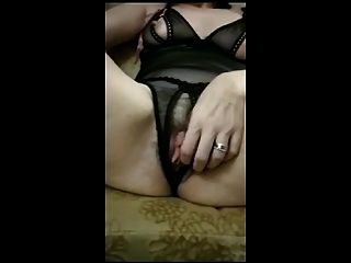Hairy Mature Shows Her Hairy Pussy On Cam