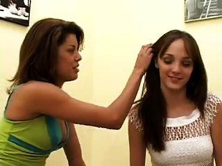Lesbian Firsttimers