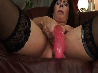 Gilf Season: Hot Mature Woman Masturbates Before Fucking Wit