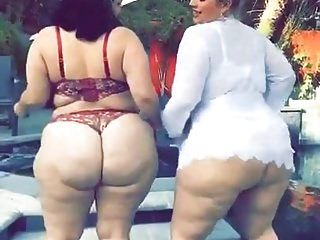 2 Big Fat White Bbw Asses Twerkin