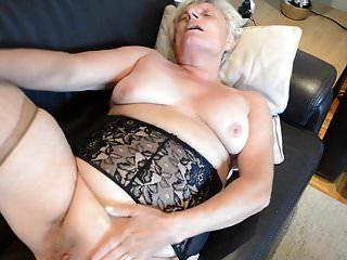 Granny Heidi In Nylons