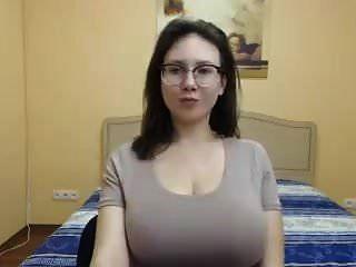 Stretch That Shirt Amalia