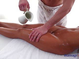 Massage Rooms Tiny Thai Beauty Sensual Oil Covered Fuck