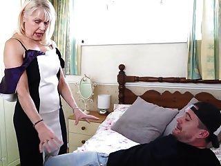 Sexy Gilf Seduce Young Lucky Mother Fucker