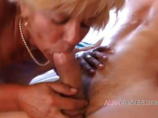 Sexy Mature With Hairy Pussy