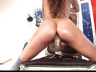 Webcam Hardcore Part 82 - Sporty Dildoride