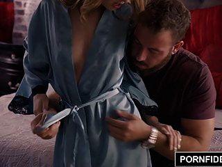 Pornfidelity Kristen Scott Makes A Fan