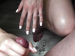 Post Orgasm Foreskin Play (store 55927)