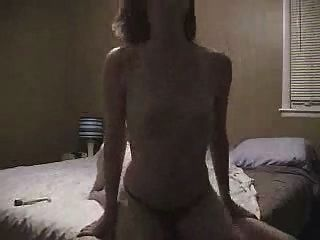 Naked girl clit rubbing